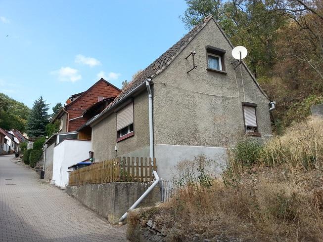 Piepklein huisje voor spotprijs hollandstadt for Klein huisje in bos te koop